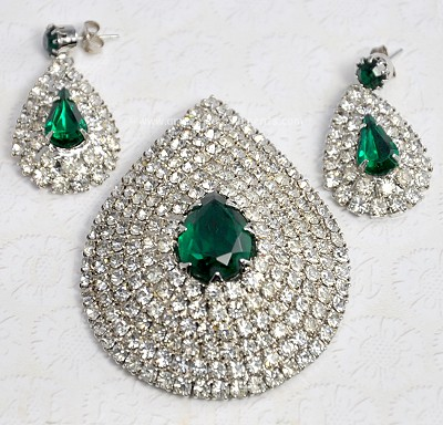 amazing adornments vintage signed celebrity ny green and
